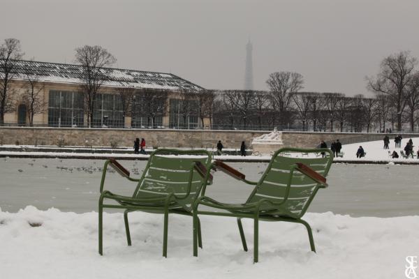 Deux chaises en hiver
