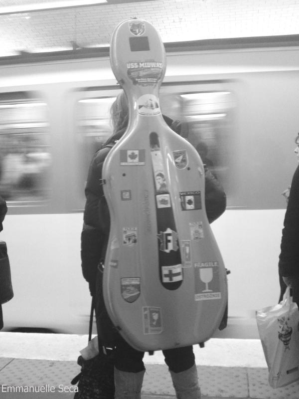 De dos, le violon selle