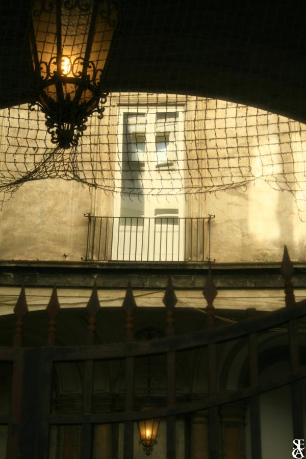Inside Neapolis